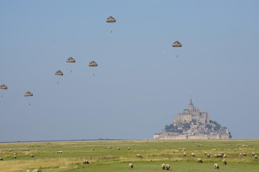 saut-parachute-mont-saint-michel